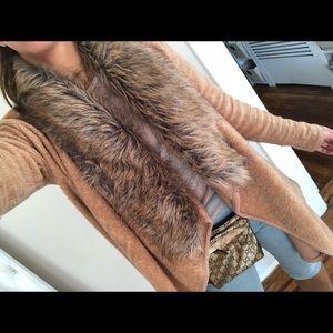 Fur bar III sweater 😍